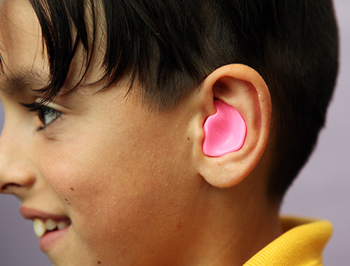 What earplugs should swimmers use?
