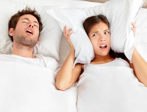 Is it safe to wear earplugs while sleeping?